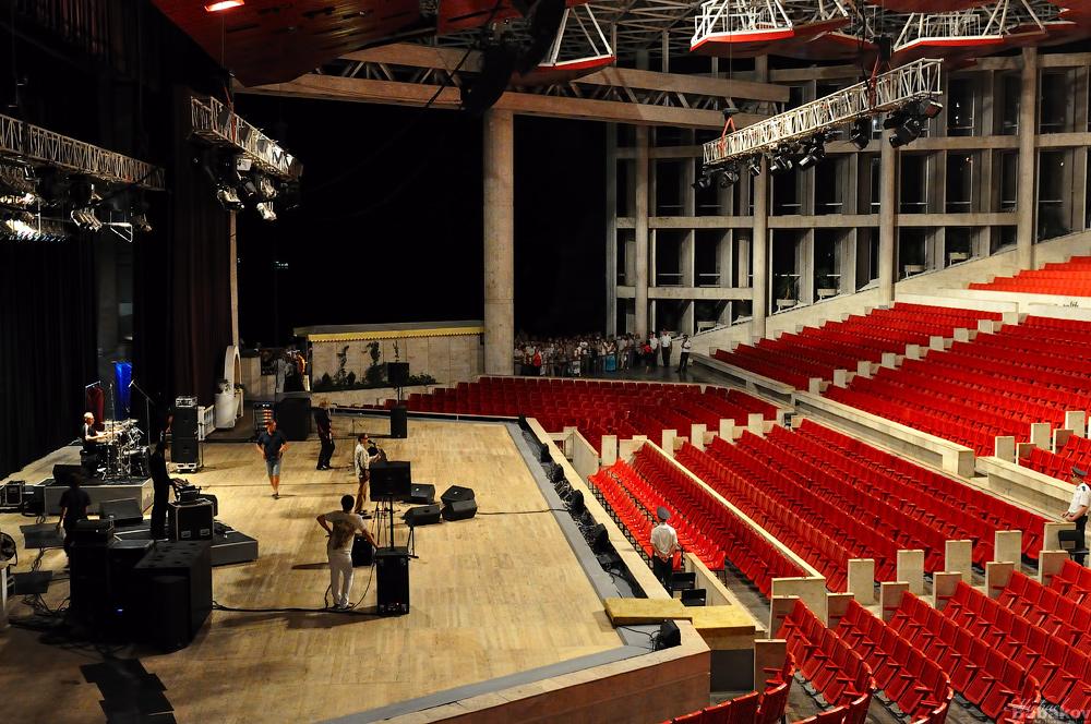 фестивальный сочи фото зала